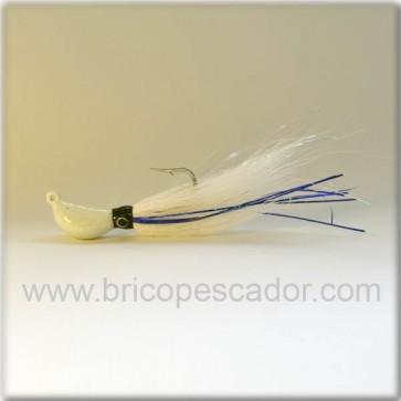 Señuelos artesanales. Banana bucktail 42 gr. Blanco tiras azules