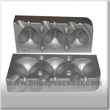 Molde Aluminio para plomada cúbica de 100, 120 y 140 gr. Grapa.