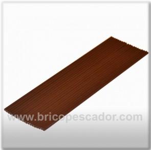 Tubo hueco plástico para plomo fundido marrón.